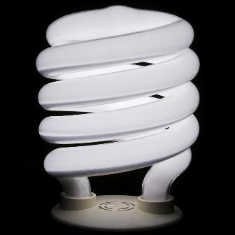 Lampada fluorescente accesa