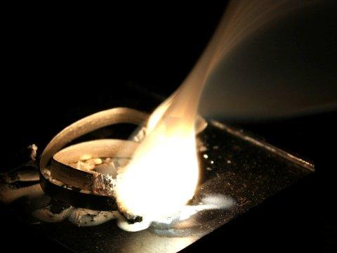 Combustione del magnesio