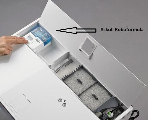 Alloggiamento dell'Askoll Roboformula nel coperchio del Pure
