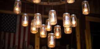Plafoniera LED con materiali di recupero
