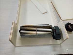 Ventilatore fissato nella conduttura