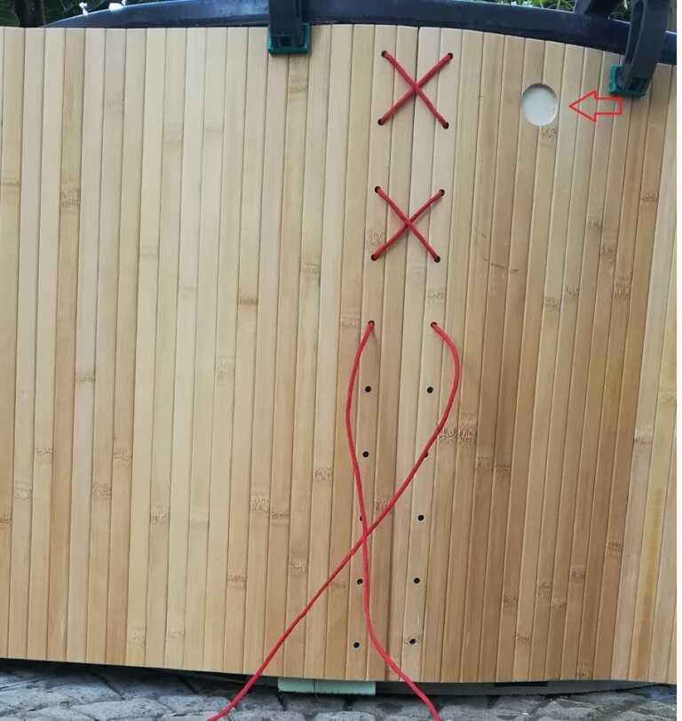 Legatura del bamboo come rivestimento del pond